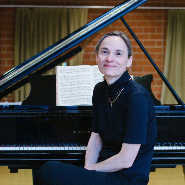 Mit Mozart von Mannheim nach Paris – Weihnachtskonzert mit Ulrike Höfer