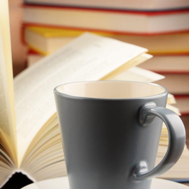 """Le café littéraire: """"Ricquet à la houppe"""" de Amélie Nothomb"""