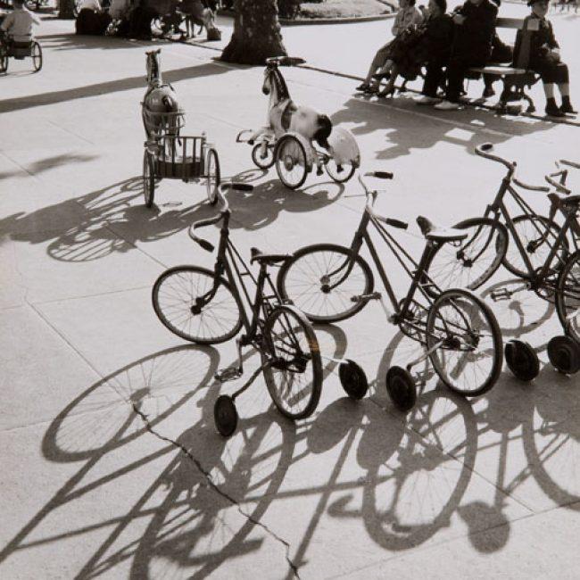 Vom Flohmarkt ins Museum: Die Fotografien aus Toulon von Robert Häusser