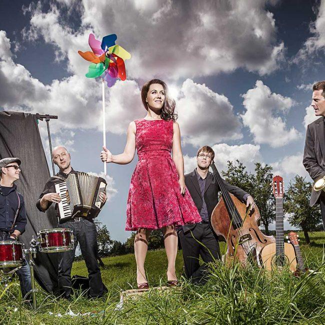 Deutsch-französischer Tag: Konzert von Moi Et Les Autres (MELA)